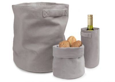 Velvet deluxe basket & wine sleeve