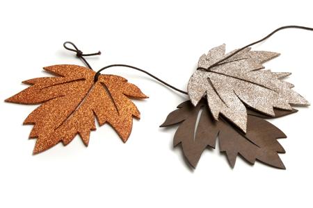 Wood glitter leaves