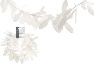 Mistletoe paper garland