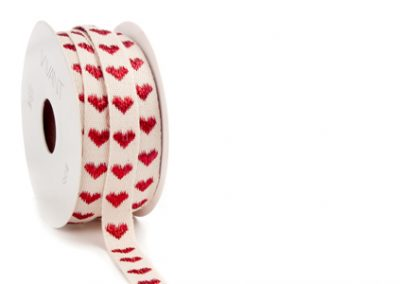 Bright heart ribbon