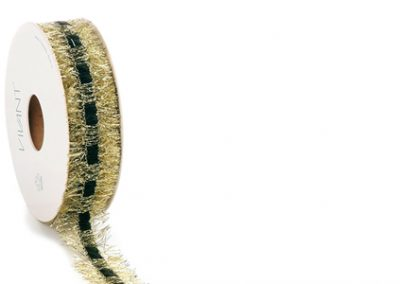 Generous ribbon